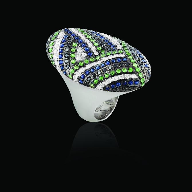 Anel em ouro branco 18k com safira azul, topázio azul, topázio verde e diamante