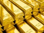 12635676-stacks-of-gold-bars-close-up